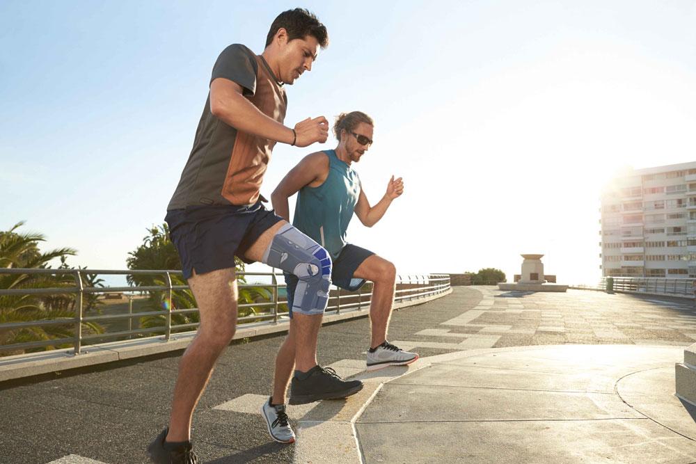 Sport treiben mit Kniebandage