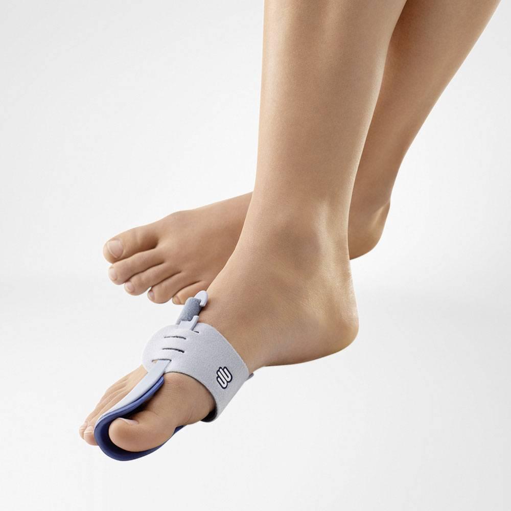 Schiene für einen Hallux-Valgus Fuß